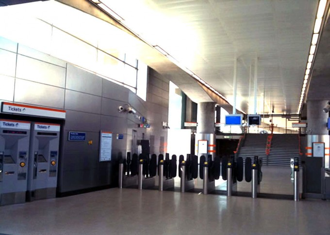 shoreditch-high-street-station-1