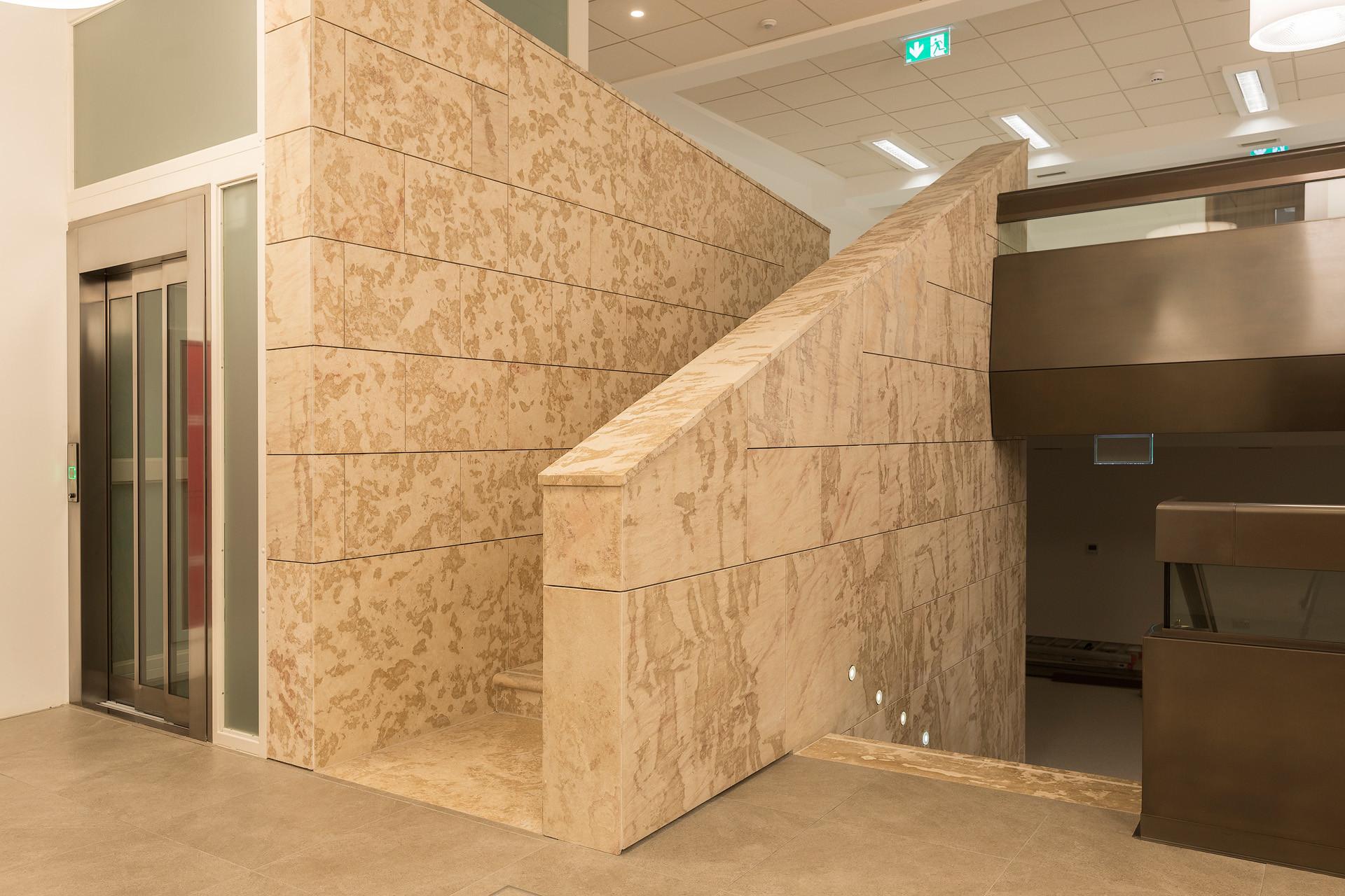 03-halmannvella-naturalstone-centralbank